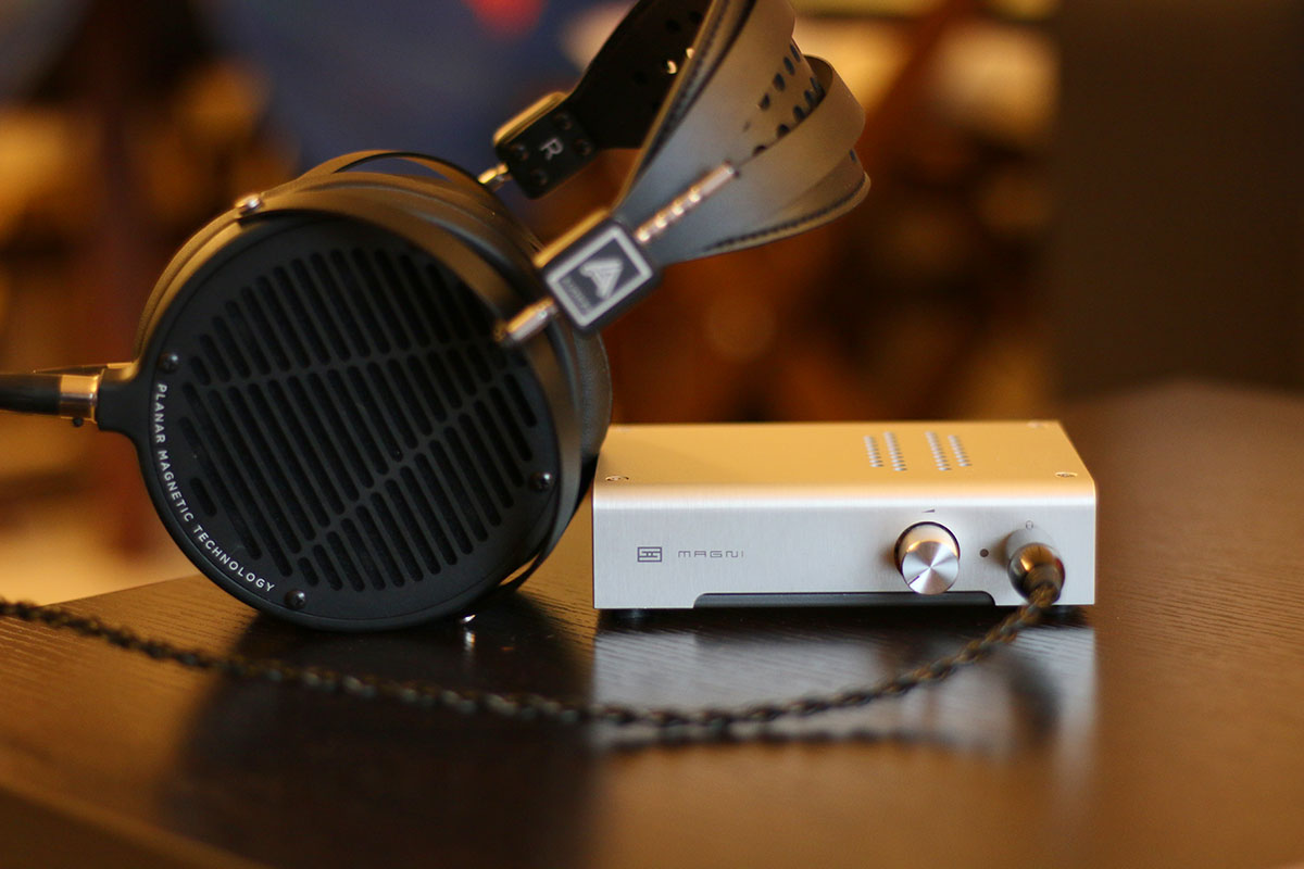 hight resolution of schiit magni headphone amp the master switch