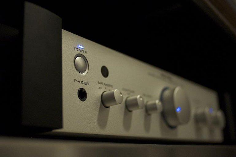 Stereo Amp | Derrick Noh