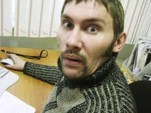 Workplace happiness: Man looking worried at work