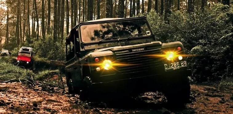 Off-road truck treasure hunting