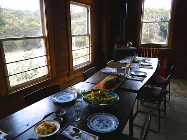 steigliz-set-table