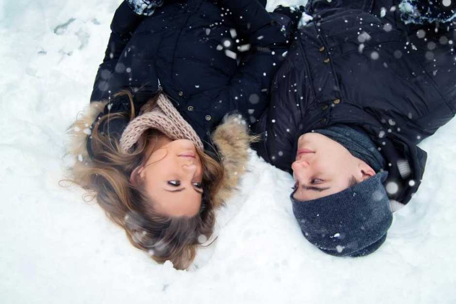 Essex Engagement photography in the snow
