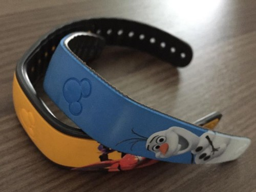 MagicBands Kids size (Olaf) vs. Adult size (Baymax)
