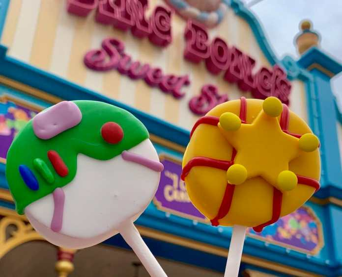 Cake Pops Disneyland