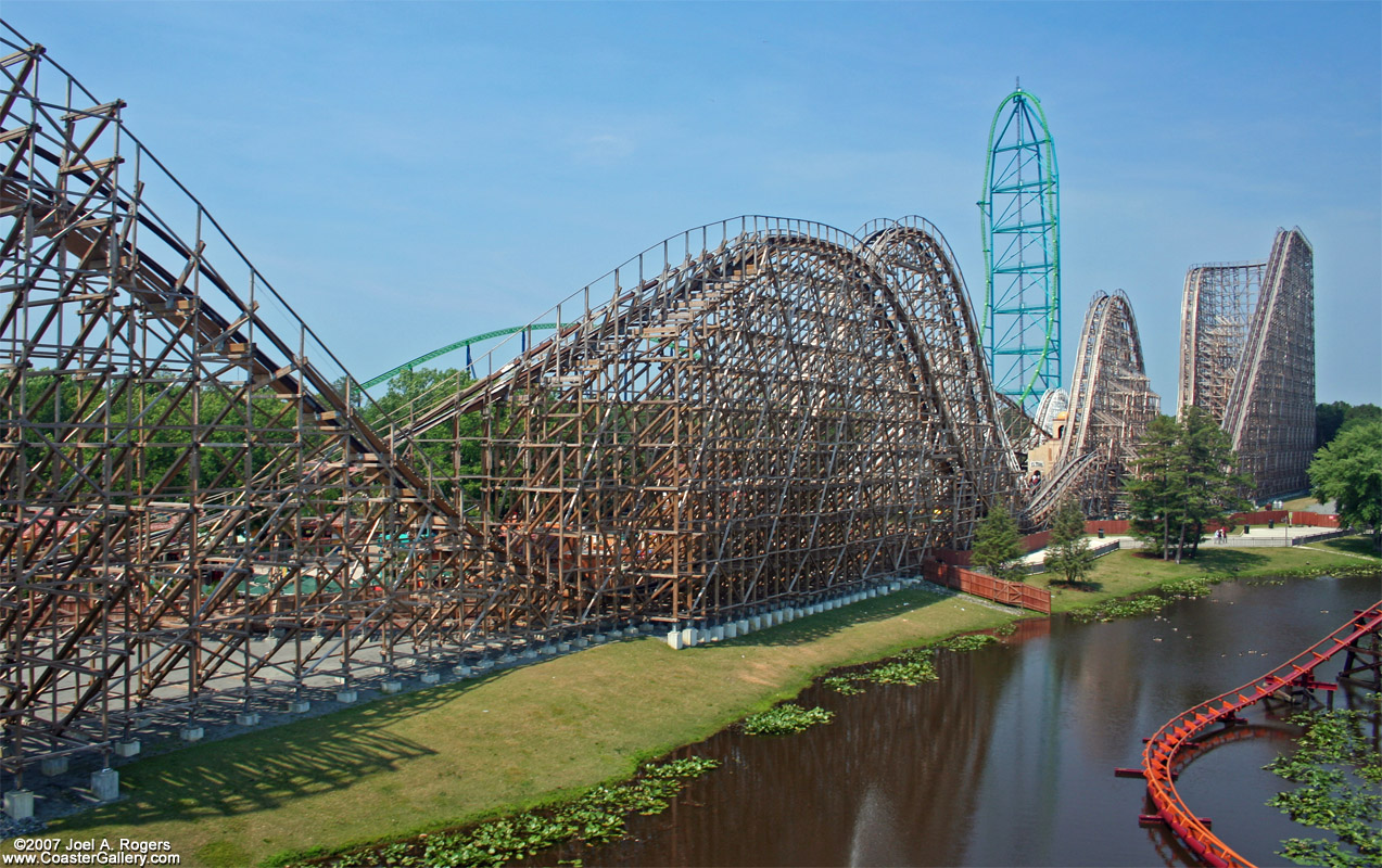 https://i0.wp.com/www.themeparkreview.com/forum/files/eltoro03.jpg