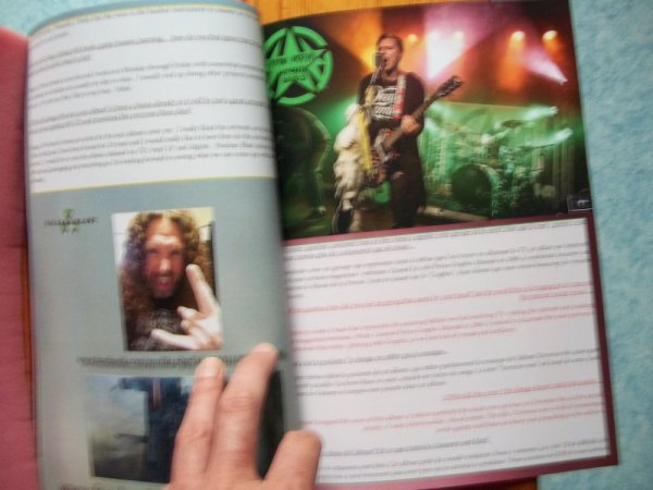 ©The Metal Mag N° 22 with Heathen and Porno Graphic Messiah