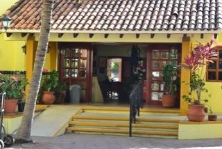 San Blas (Garza Canela Hotel & El Delfin Restaurant) Photos by Flo Nestor