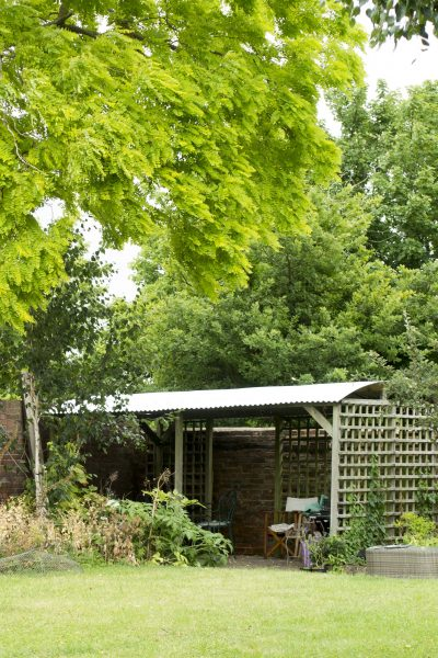 Add a corrugated iron roof to a pergola