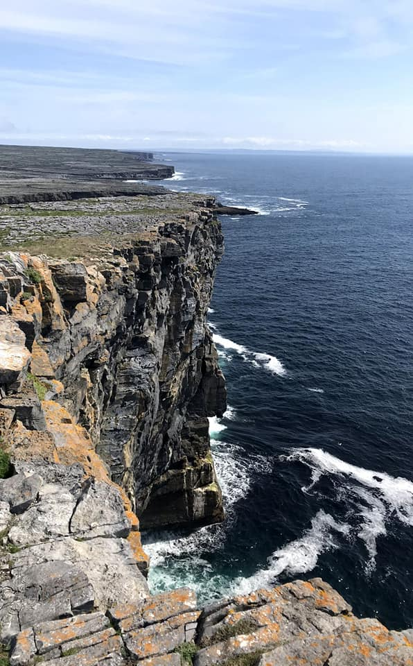 Jagged cliffs next to Dun Aonghasa, the circular fort in Inis Mor.