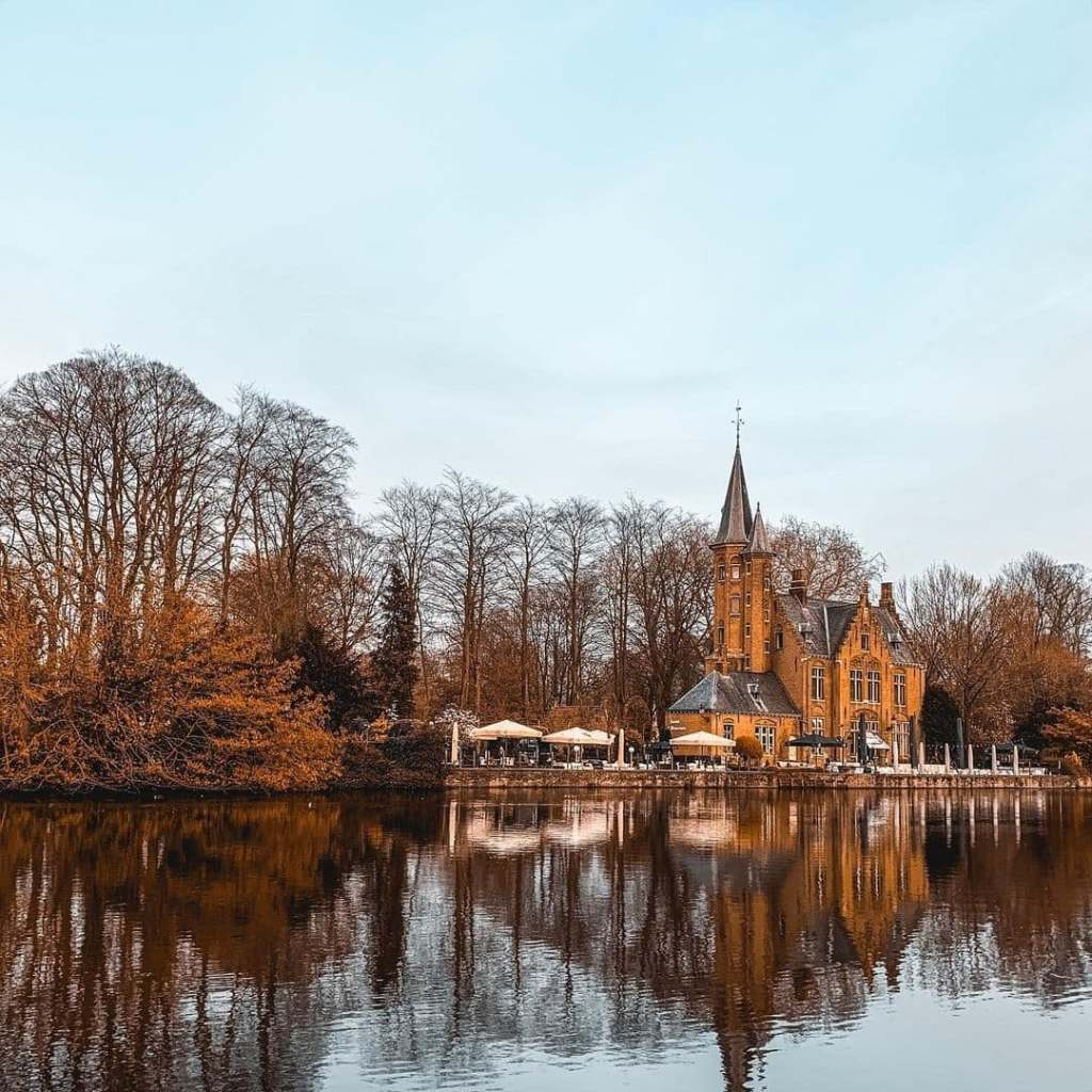 Lake Minnewater in Bruges in autumn.