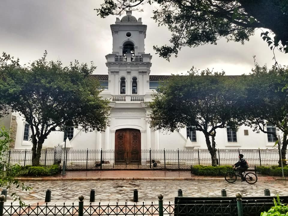 Iglesia Sagrario on a rainy day in Cuenca.