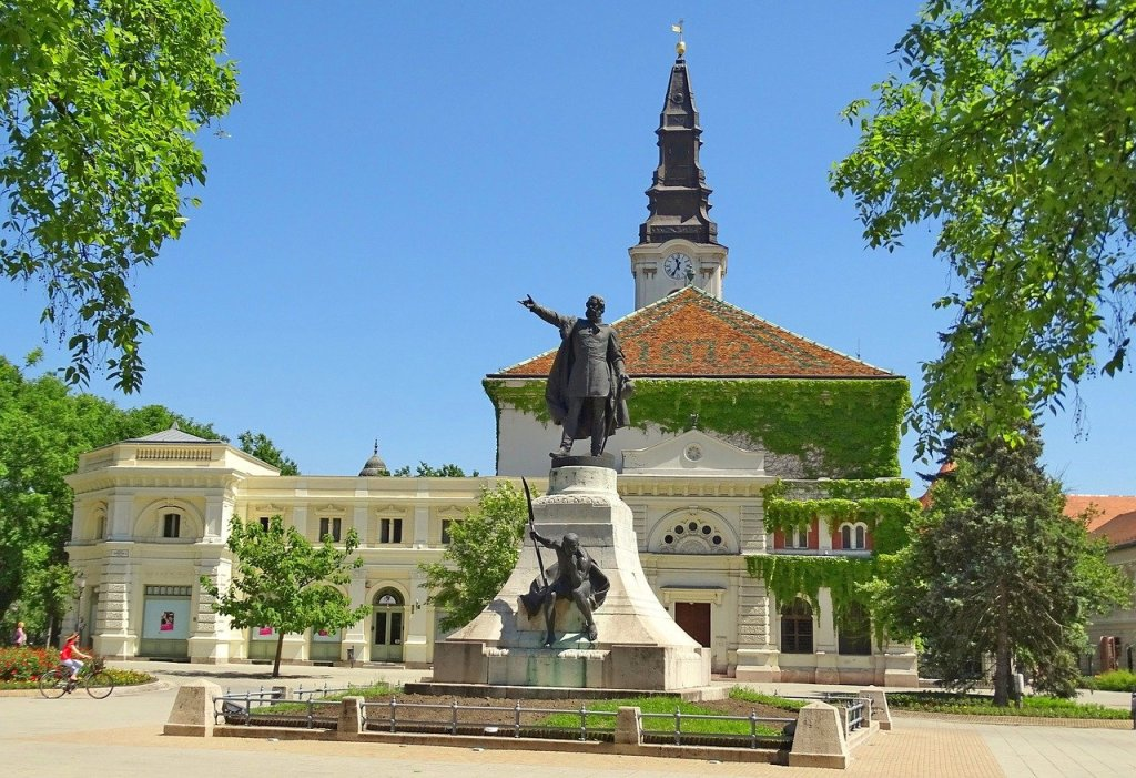 Quaint square in Kecskemet, Hungary, a wonderful day trip from Budapest.