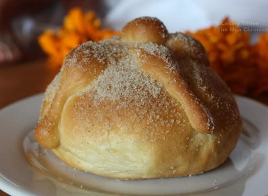 Homemade pan de muerto