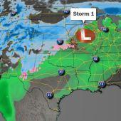 Las tormentas de Acción de Gracias tienen viajeros que luchan con aguaceros, cortes de energía y nieve.