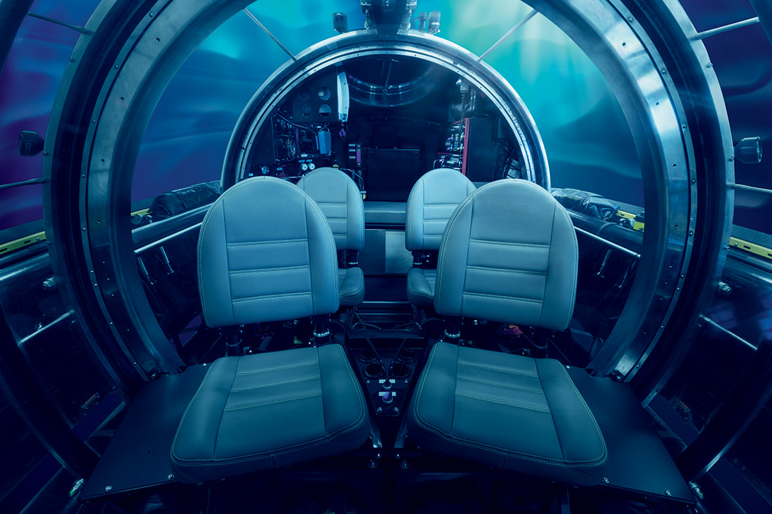 The First Underwater Limousine By U Boat Worx
