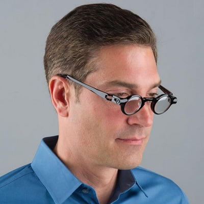 The Only Adjustable Focus Reading Glasses 2