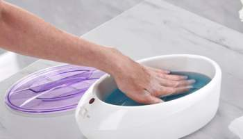 Soothing-Heated-Paraffin-Spa