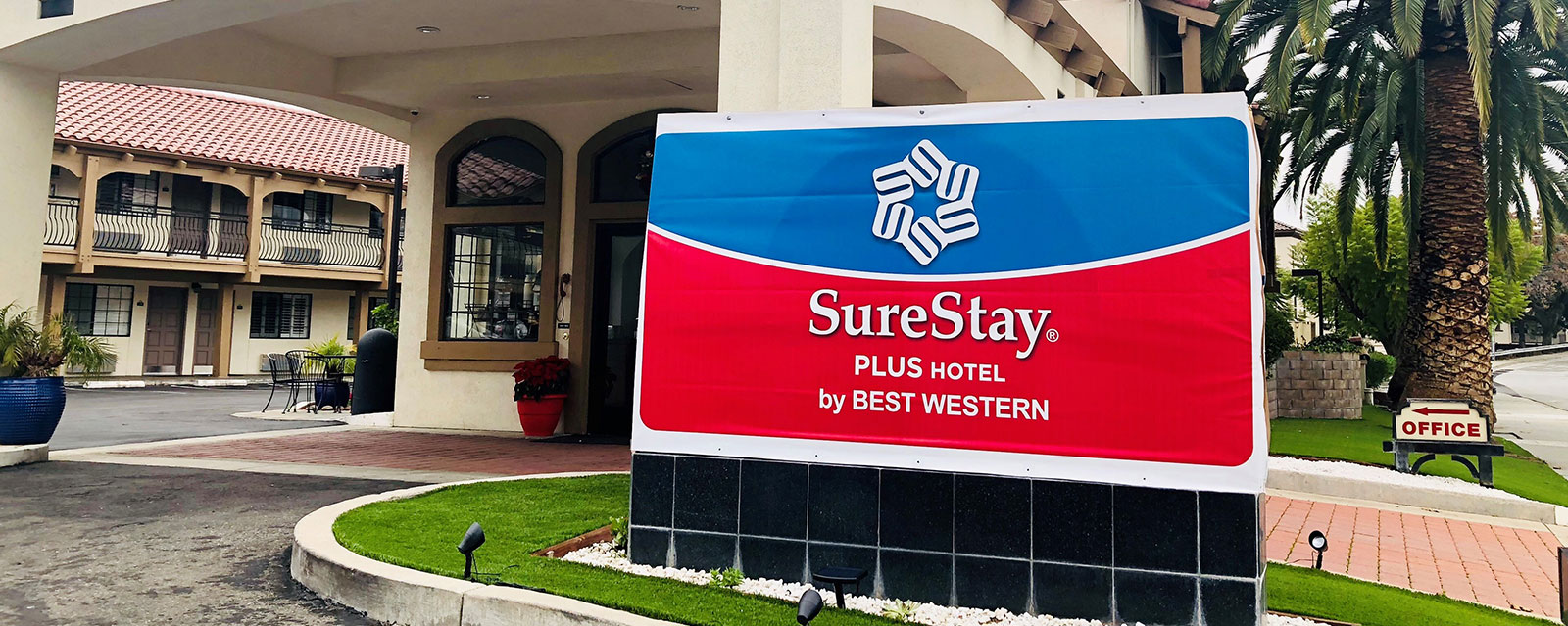 Hotel Near Santa Clara University San Jose Airport