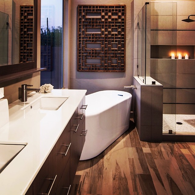 A Clean and Modern Bathroom that is also  Inviting