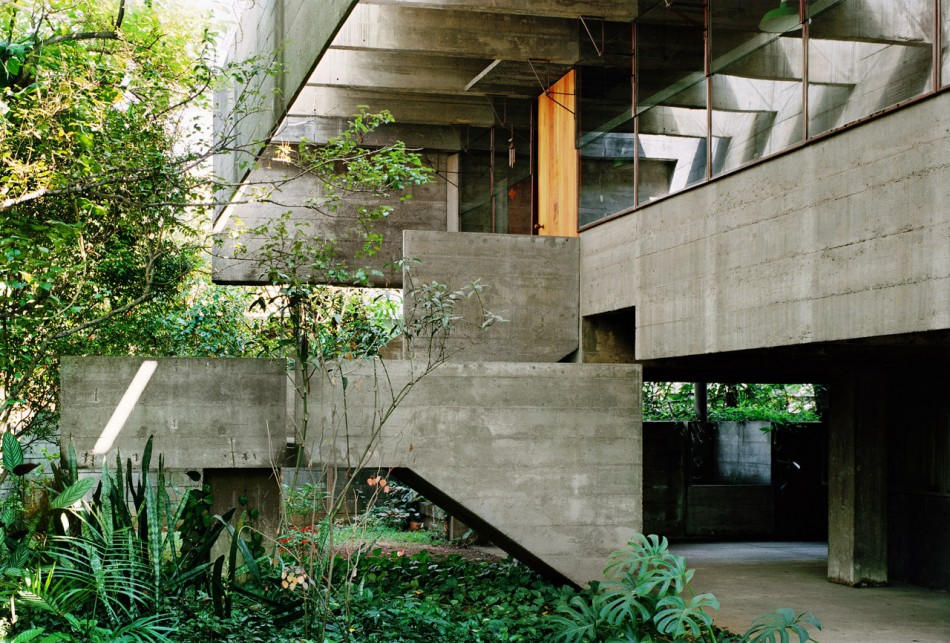 House of the Day House in Butant by Paulo Mendes da