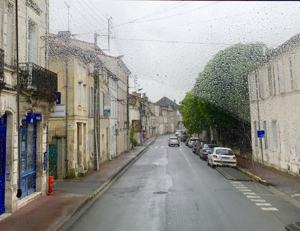 View from the bus as we drove through Vieux Cognac, the old part of the city.