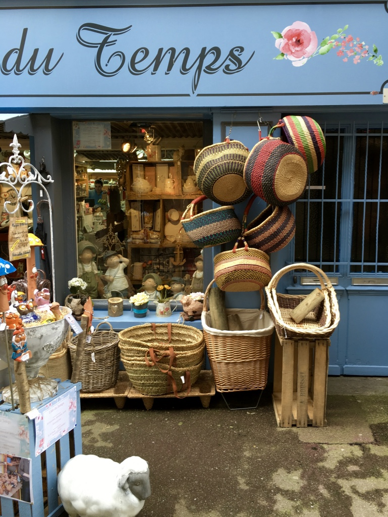 honfleur basket shop