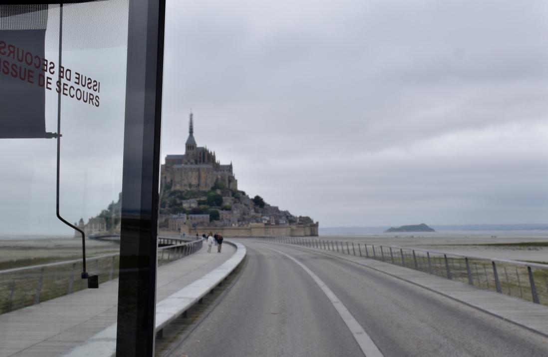 mont saint michel from bus