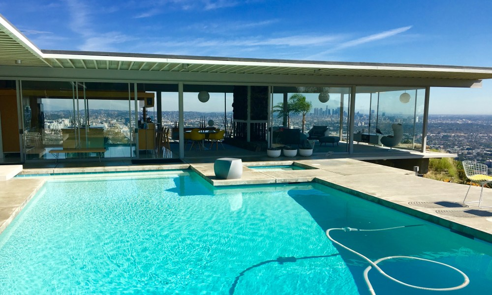 LA's Stahl House: Mid-century Modern Masterpiece in the Hollywood Hills