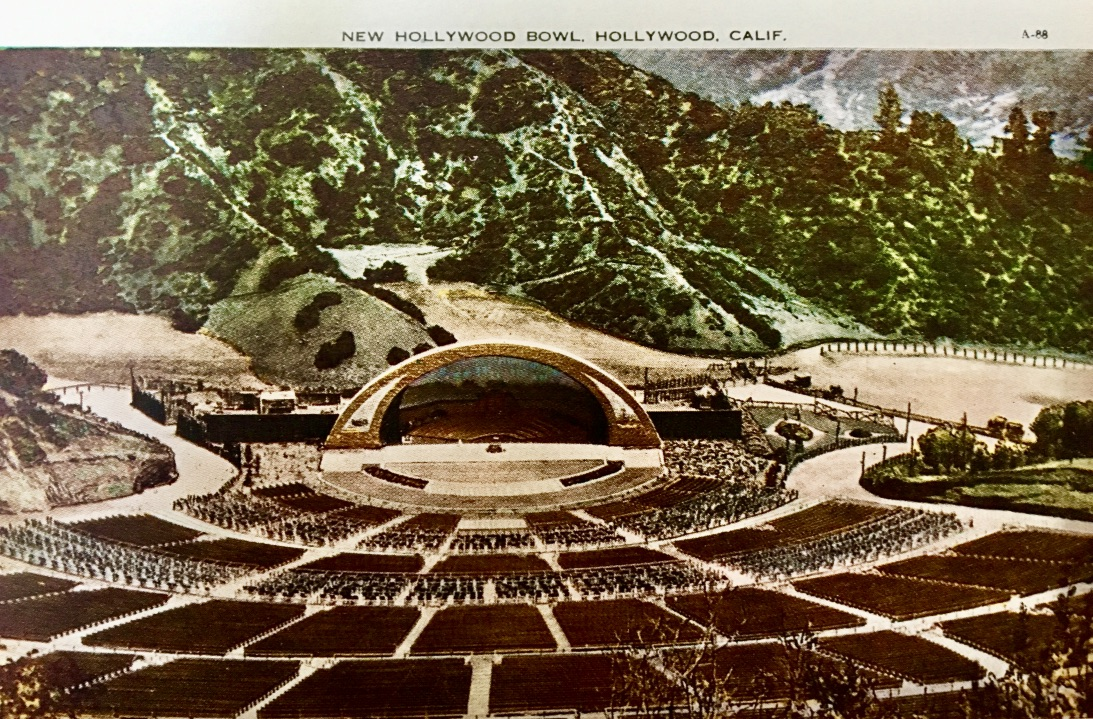 Hollywood Bowl Vintage Postcard.