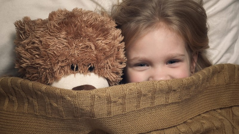 The change in temperature can also make it difficult for young children to sleep. This tips will help your children sleep better this winter