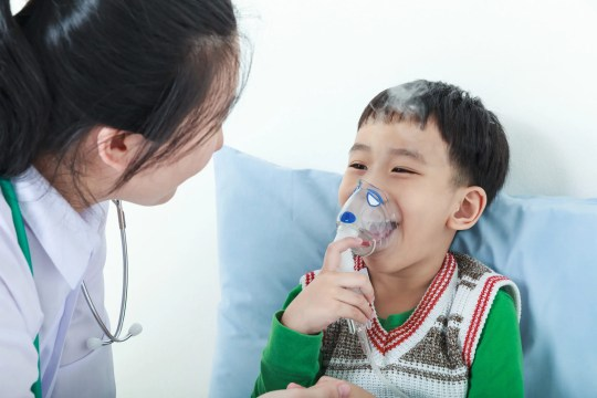 "Want to know ""what is a respiratory therapist"" and what patients do they help? Learn all about what they do to help people breathe. #healthcare #lungs #asthma #respiratorytherapist"