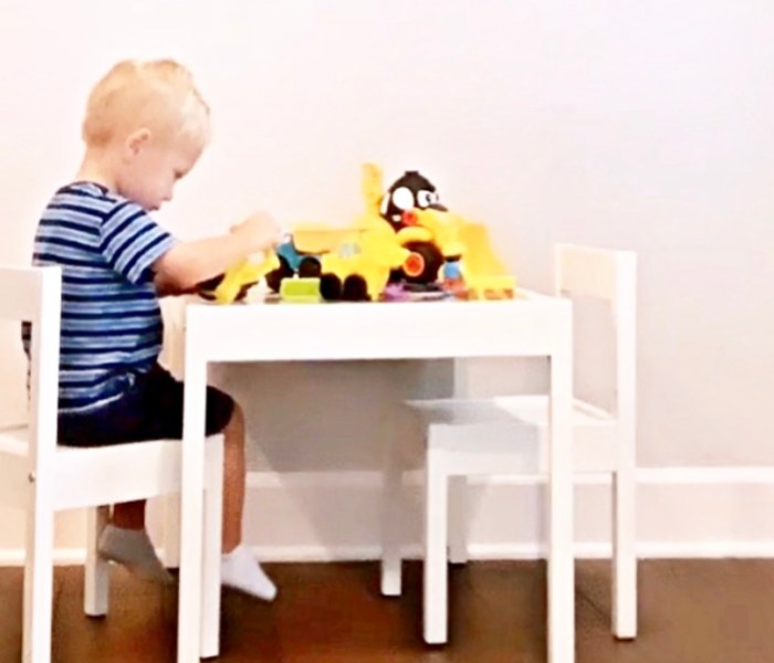 10 Goodies Every Construction Loving Kid Needs