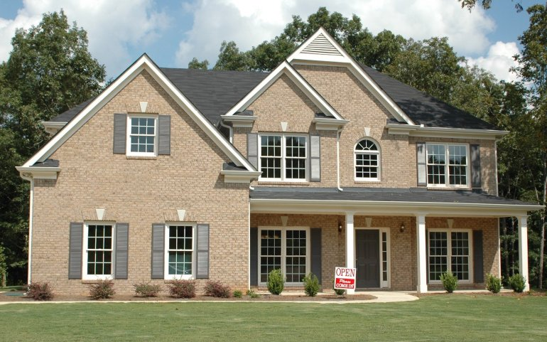 Am I Financially Ready to Buy a Home? 6 Questions to Ask Yourself