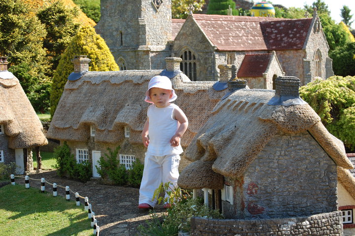 Model Village Godshill