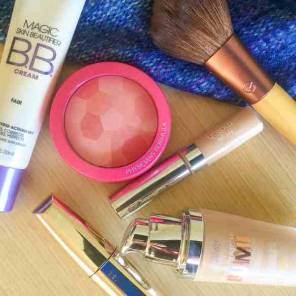 My Simple Makeup Routine aka: Simple Makeup for Super Pale People