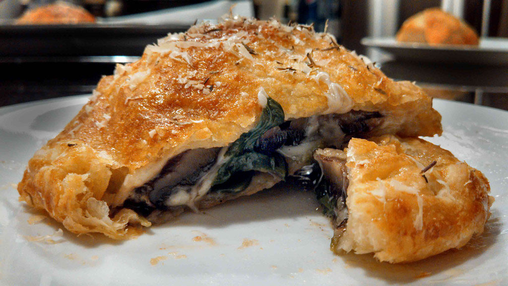 A spin-off the classic beef recipe, Mushroom Wellingtons are made with portobello mushroom caps, spinach and cheese inside of a flaky pastry crust. Tasty!   TheMountainKitchen.com