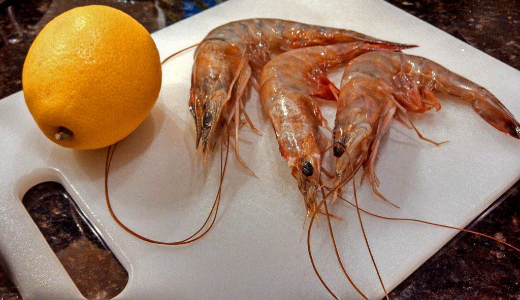 whole shrimp and lemon