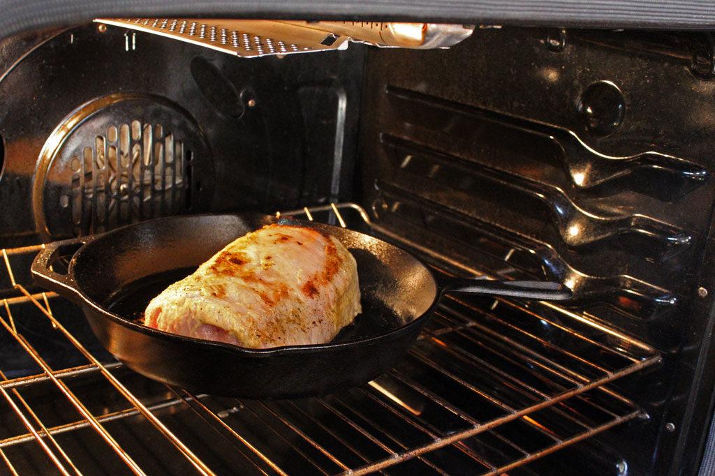 baking roast in oven