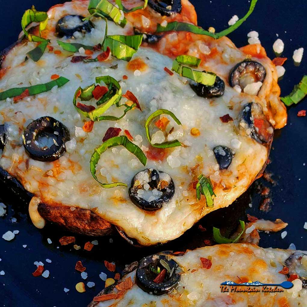 Portobello Mushroom Cap Pizzas {A Meatless Monday Recipe