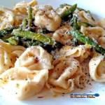 This simple spring pasta dish of Brown Butter Tortellini with Toasted Garlic and Asparagus is rich with nutty brown butter that packs big flavor. | TheMountainKitchen.com