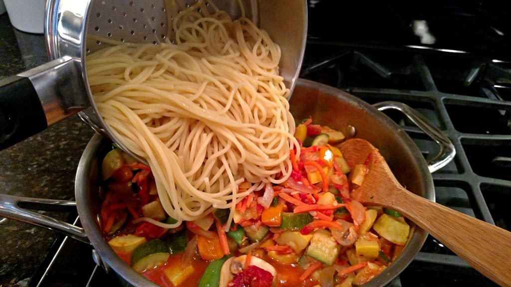 combining pasta with vegetables