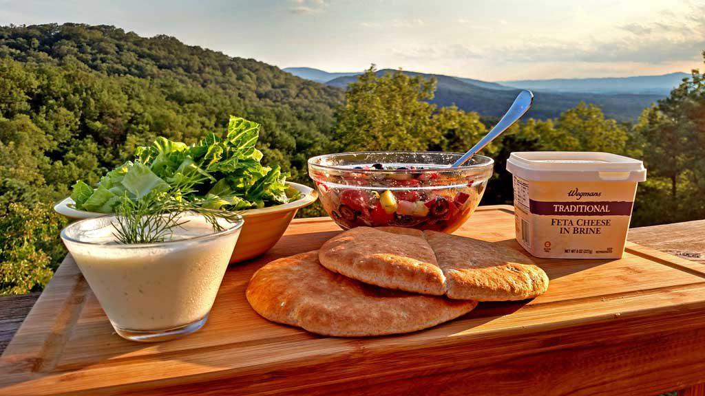 Greek pita sandwiches ingredients