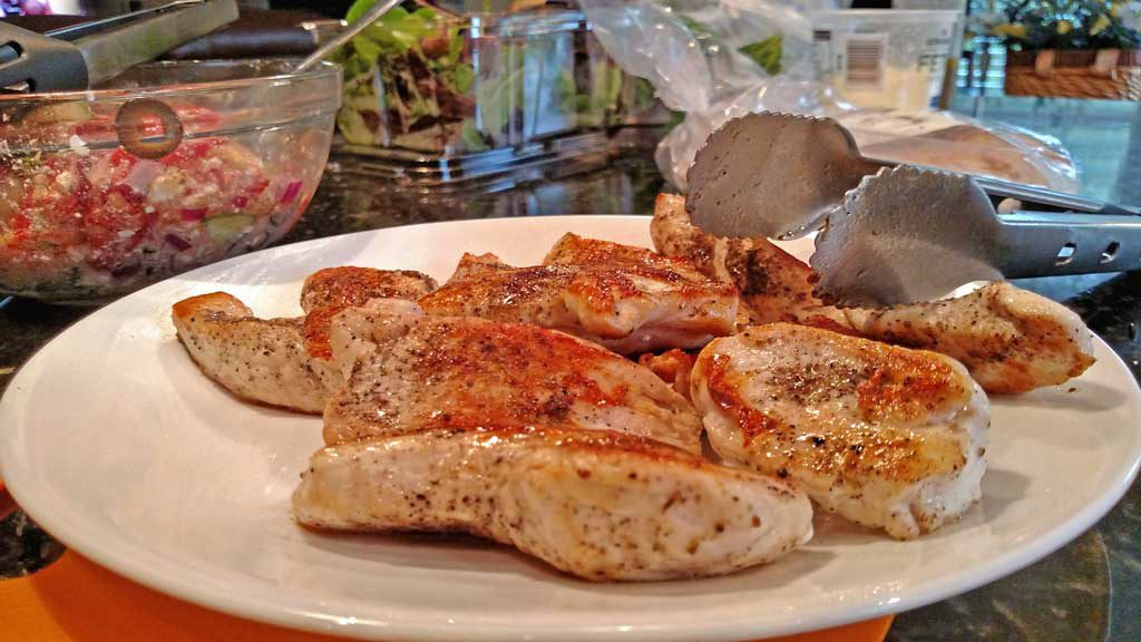 cooked chicken on plate