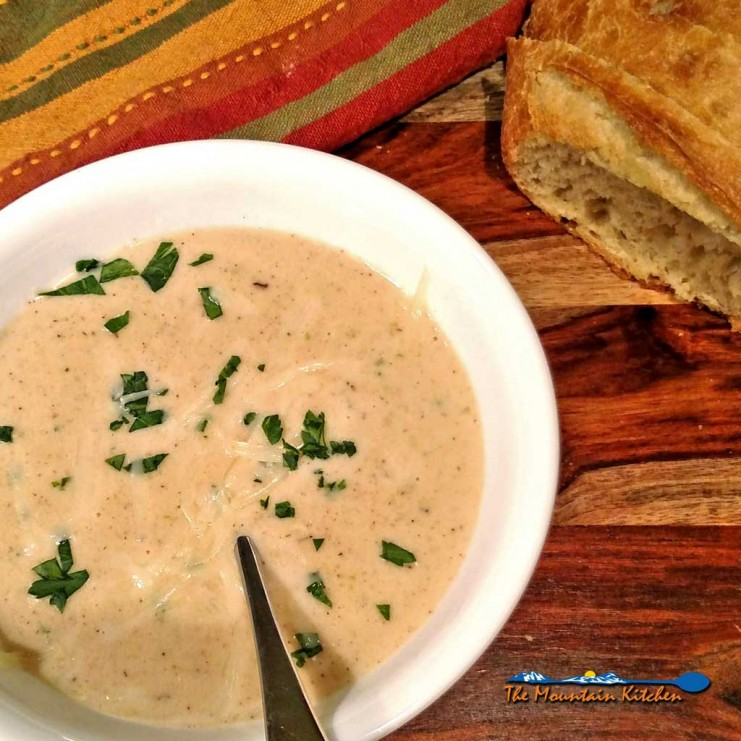 roasted cauliflower white cheddar soup with crusty bread