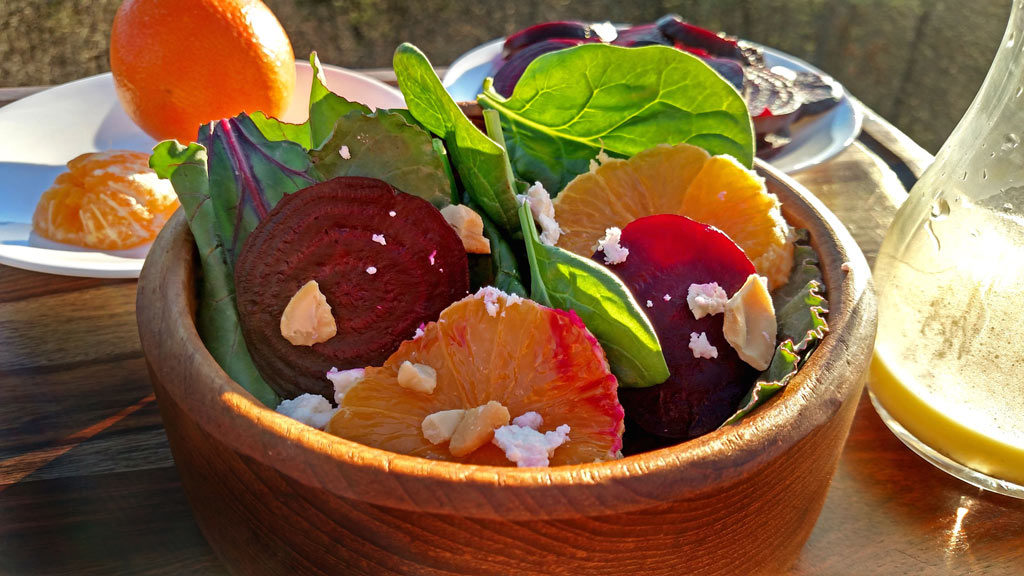 roasted beet salad ready to eat