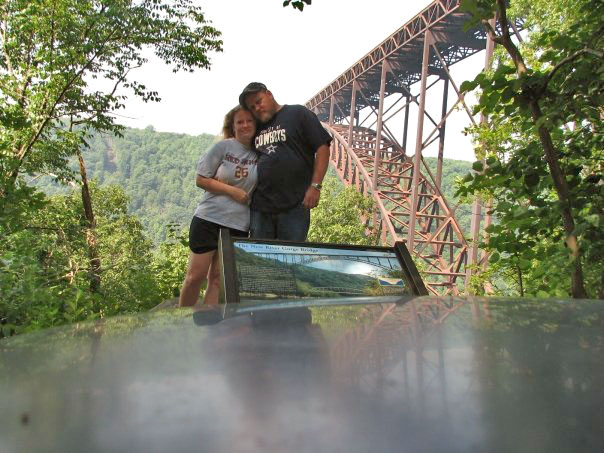 Debbie and David in front of the New River Bridge