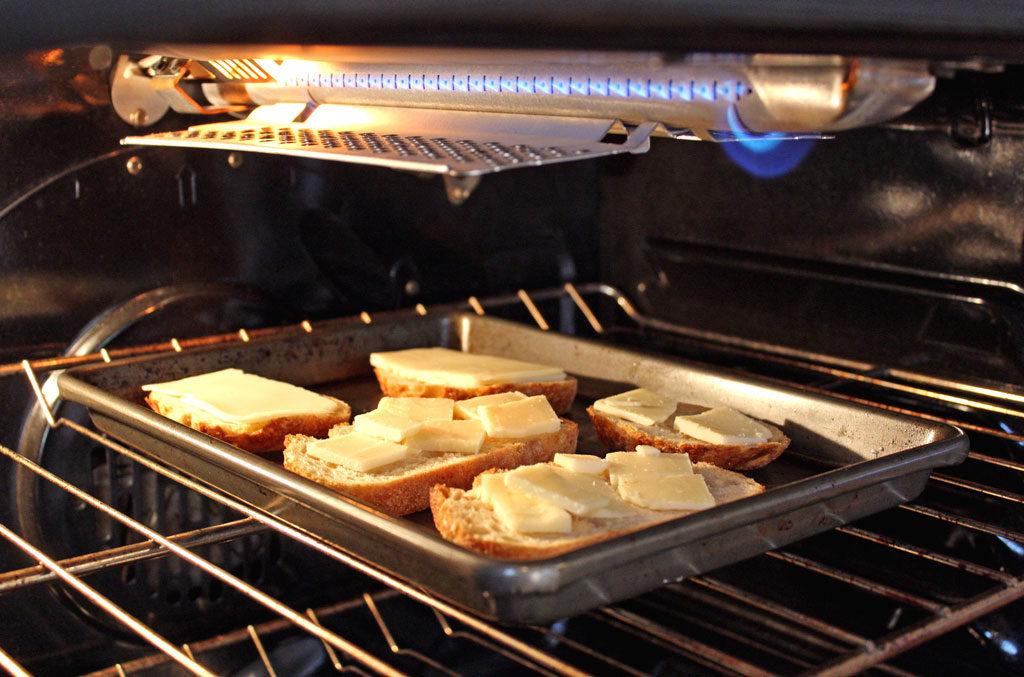 toast on pan under broiler