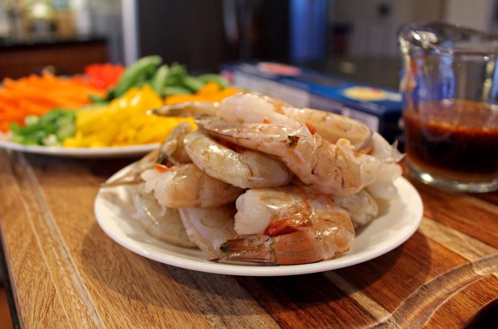 ingredients to make shrimp lo mein