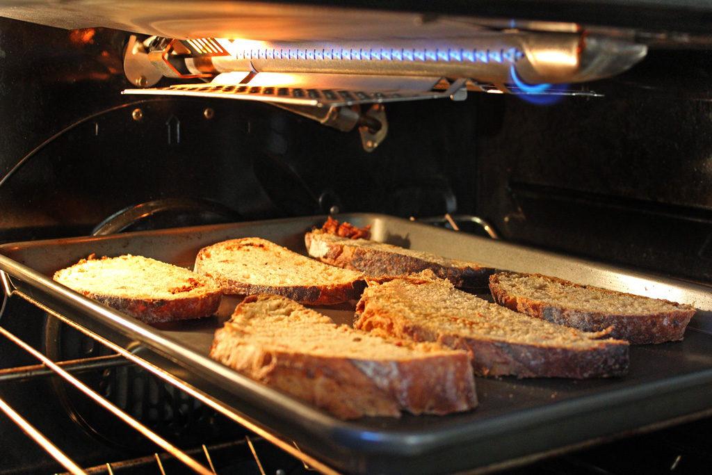 toasts under broiler