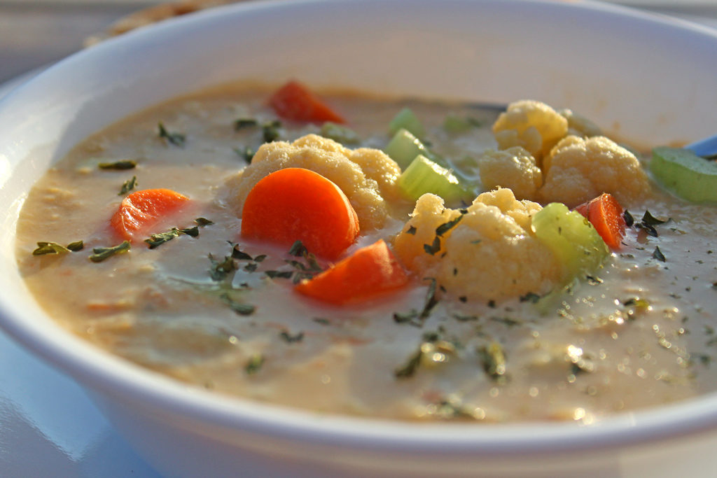 This cauliflower corn chowder is a hearty, rich, vegetable-heavy chowder is a simple recipe that calls for basic ingredients. Perfect to melt away the cold!